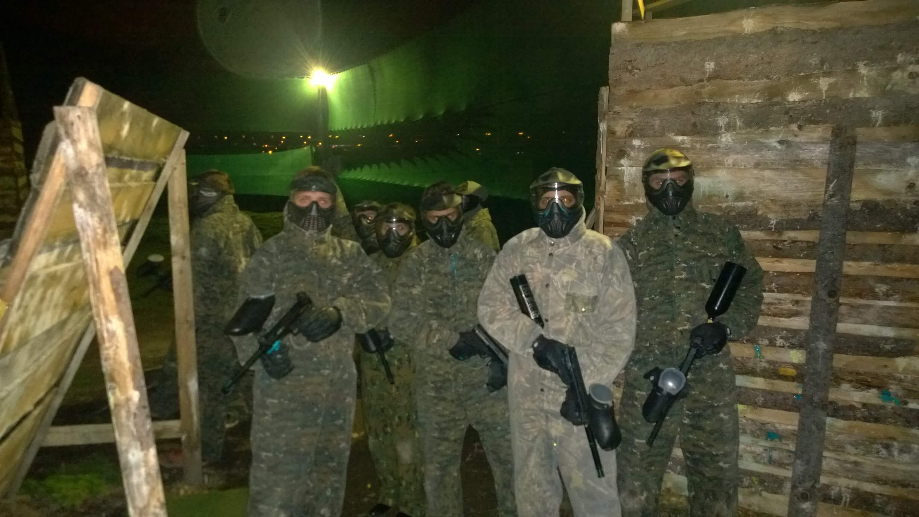 Night paintball | Paintball Prague | Paintball-Prague.cz